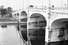 South part (Mohammad al-Asad, North part (Mohammad al-Asad, Bank Street Bridge over the Rideau Canal *restored in 1993 Infrastructur. Canadian Forest, Canadian Rockies, Windsor Park, University Of Ottawa, Capital Of Canada, Ottawa Ontario, Canadian History, Canada Travel, Old Pictures