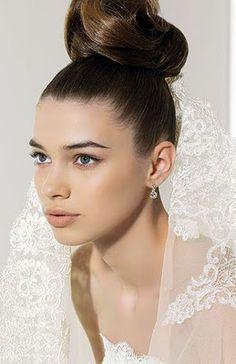 Peinado de novia Updo