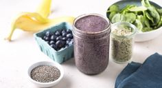 A Sugar-Free Blueberry Smoothie to Jump-Start Your Mornings