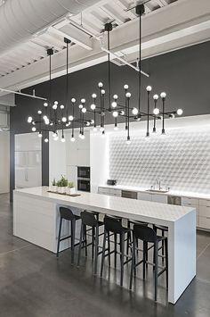 Modern Kitchen Interior Remodeling 10 Kitchen Backsplash Ideas to Consider ASAP Modern Kitchen Lighting, Modern Kitchen Design, Modern Interior Design, Interior Design Kitchen, Kitchen Industrial, Industrial Style, Industrial Lighting, Modern Interiors, Luxury Interior