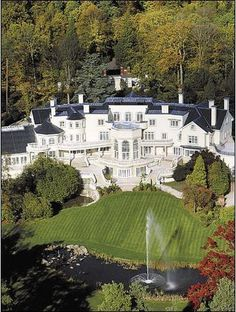 The elite mansion. Most expensive houses. Luxury houses. Beautiful garden. UK. Country House. For more news ideas http://www.bocadolobo.com/en/news-and-events/