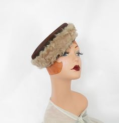 Lambswool brown hat, vintage 1940s tilt percher, Lazarus by TheVintageHatShop on Etsy