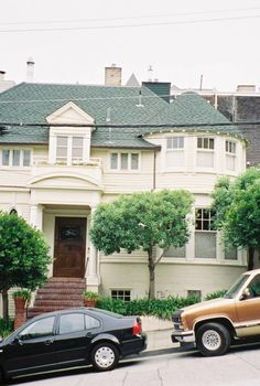 """2640 Steiner Street in San Francisco was the film location for the beloved movie """"Mrs. Doubtfire"""""""