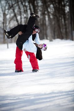 VWVortex.com - Snowboarding engagement photoshoot