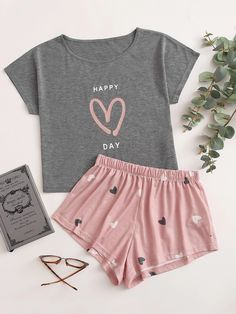 Cute Lazy Outfits, Pretty Outfits, Stylish Outfits, Girls Fashion Clothes, Teen Fashion Outfits, Girl Outfits, Cute Pajama Sets, Cute Pajamas, Silk Pajamas