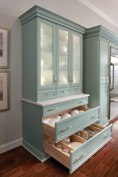 Innermost Cabinets Maple Bliss Classic -- love this color!!!