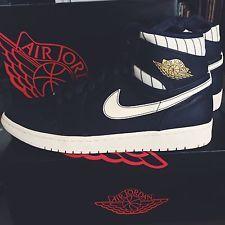 Nike Air Jordan 1 Retro Derek Jeter Size 12 Yankees SEND OFFERS!