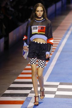 df1a69046bbb Tommy Hilfiger Spring 2018 Ready-to-Wear Fashion Show Collection Runway  Fashion