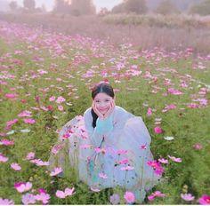 KimyooJung Moonlight Drawn By Clouds Korean Traditional, Traditional Outfits, Korean Star, Korean Girl, Korean Wave, Kim Yoo Jung Park Bo Gum, Kim Joo Jung, Moonlight Drawn By Clouds, Drama Funny