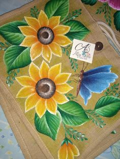 Fabric Paint Designs, Wood Burning Crafts, Flower Artwork, Christmas Printables, Fabric Painting, Painting Techniques, Painted Rocks, Decoupage, Arts And Crafts