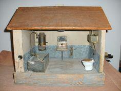 Großes stabiles Badehaus für die Puppe ,ob Märklin oder Gottschalk ? in Antiquitäten & Kunst, Antikspielzeug, Puppen & Zubehör | eBay
