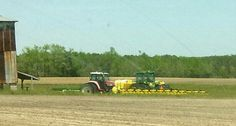 Taking it easy on a sunday. Tractors & planter