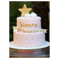 """""""Today, we had so much fun helping Sloane celebrate her 1st birthday!  I enjoyed making another """"pink & gold"""" cake for her. Thanks @acrystalstew for having us over! #customcake #girlsbirthday #twinkletwinklelittlestar #pinkandgold #eatcake #chocolatecake #almondcake #firstbirthday"""" Photo taken by @sugarkissedconfections on Instagram, pinned via the InstaPin iOS App! http://www.instapinapp.com (11/07/2015)"""