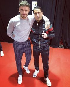 One Direction Fashion, Liam James, Liam Payne, Sporty, My Favorite Things, Boys, Pants, Clothes, Daddy