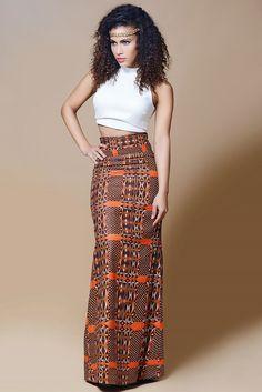 African secret est une ligne de prêt à porter féminin qui démocratise l'imprimé africain. Ici, la mode ethnique devient chic, épurée et abordable!