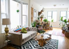 Name: Sarah & Lindsay Location: Humboldt Park — Chicago, Illinois Size: 1,000 square feet Years lived in: 5 months; Rented Sarah and Lindsay haven't even lived together for half a year, but their styles have already merged seamlessly. Sarah brought the cozy Southwestern elements while Lindsay brought the Mid-century modern, and all the colors and patterns work with the nature-inspired elements to create a space that is warm and inviting.