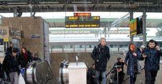 Donan makas hızlı tren seferini aksattı İstanbul-Konya seferini yapan Yüksek Hızlı Tren, elektronik makasın donması sebebiyle Ankara sınırlarında durmak zorunda kaldı. Yolcular yaklaşık 3 saatlik gecikmenin ardından Konya'ya gelebildi. http://feedproxy.google.com/~r/dosyahaber/~3/meVLJRkYV1g/donan-makas-hizli-tren-seferini-aksatti-h11213.html