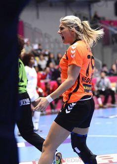 Estavana Polman Handball Players, Azul Real, Body Motivation, Criminal Minds, Athletes, Netherlands, Holland, Backgrounds, Sport