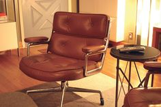 Mid-Century Modern, ES-104, Time Life, Herman Miller Aluminum Group, Eames Executive Chair, 4 leg, Pre-1990