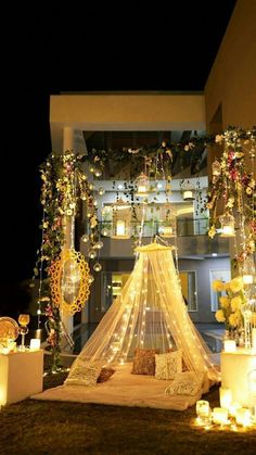 Let's jump to the list of off-beat Mehndi ceremony decoration ideas, that will lit up your decor in the best way, unique mehndi decor ideas Desi Wedding Decor, Luxury Wedding Decor, Wedding Mandap, Wedding Receptions, Wedding Ideas, Fall Wedding, Wedding Nails For Bride, Indoor Wedding, Gown Wedding