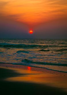 Myrtle Beach-Sunrise over the Atlantic. I've seen it set in the Pacific. Now to see it rise over the Atlantic. Beautiful Sunrise, Beautiful Beaches, Beach Pink, Ocean Beach, Myrtle Beach Sc, My Sun And Stars, Beach Pictures, Belle Photo, Beautiful Landscapes