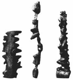 Inuit Tactile Maps - Retroalimentación táctil de la acción de orientarse espacialmente Les Inuits, Ancient Aliens, Archaeology, Wooden Map, Inuit Art, Cabinet Of Curiosities, Map Art, Geography, Illustration