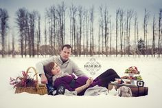 My Winter Maternity Shoot | Leah Rae Photography