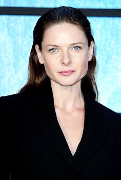 """""""Rebecca Ferguson at the world premiere of The Girl on the Train at the Odeon Leicester Square, London (x) """" Rebecca Ferguson Hot, Rebecca Ferguson Actress, Rebecca Fergusson, Hollywood, Most Beautiful Women, Beautiful Actresses, Bellisima, Movie Stars, Leicester Square"""