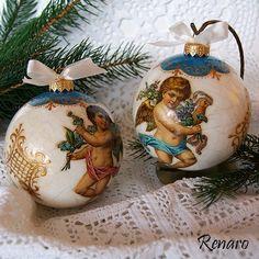 Renaro Decoupage Christmas Napkin Folding, Christmas Napkins, Christmas Rose, Glass Christmas Ornaments, Christmas Tree Decorations, Christmas Decoupage, Christmas Crafts For Kids, Best Friend Crafts, Decoupage Glass