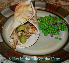 A must try for a quick and delicious weeknight dinner recipe - Chicken Shwarma Wrap for #WeekdaySupper