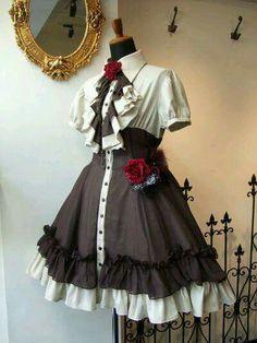 Parece a roupa da yui diabolik lovers 2 temporada:3