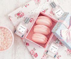Perfume Bottles, Flowers, Design, French Tips, Perfume Bottle, Royal Icing Flowers, Flower, Florals