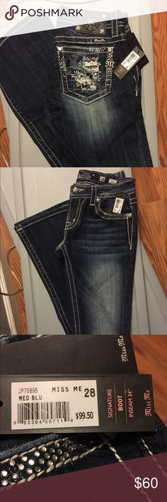 """Size 28 Miss Me Signature Boot Pants NWT Size 28 Miss Me jeans! Never worn. 34"""" inseam. Signature look. Boot cut. 98% cotton with 2% elastane. **FIRM PRICE** Miss Me Jeans Boot Cut"""