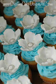 Blue & White Flower Cupcakes