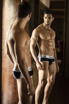 Introducing Joe Snyder, a Mexican brand that has been around for 30 years but is revolutionizing the underwear world with cutting edge designs and fabrics.