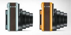 Leica SOFORT: Neue Premium-Sofortbild-Kamera mit Selfie-Modus. Technische Daten im Überblick:  Blende/Brennweite: f12,7/60 mm (entspricht ca. 34mm bei Kleinbild)  Entfernungseinstellungsbereich: 3 Fixfokus-Stufen: 0,3 – 0,6 m (Makro)/0,6 – 3 m (Nahbereich)/3 m – unendlich (Fernbereich)  Verschlusszeiten: 1/8 – 1/400 Sek. (mechanischer Verschluss)  Sucher: Optischer Realbildsucher 0,37x mit Zielpunkt und Parallaxenausgleich für den Makro-Modus
