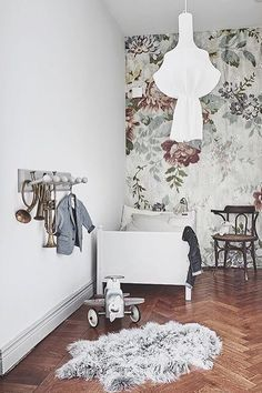 Lovely vintage bedroom styled for @entrancemakleri Wallpaper Blossom from Mr Perswall