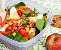 Sałatka na smaczny i zdrowy lunch do pracy Fruit Salad, Lunch, Food, Fruit Salads, Eat Lunch, Essen, Meals, Lunches, Yemek