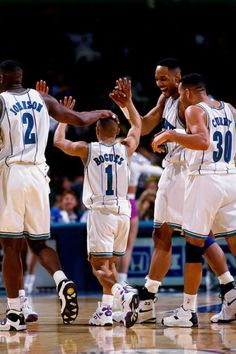 Larry Johnson, Muggsy Bogues, Alonzo Mouning, and Dell Curry. Basketball Playoffs, Basketball Is Life, Basketball Leagues, Basketball Legends, Nba Playoffs, Sports Basketball, Basketball Floor, College Basketball, Nba Stars