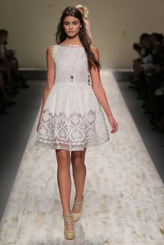 Blugirl RTW Spring 2013, #9 / @Kelly Hinojosa I found a birthday dress for you - if you had a garden party for your birthday, that is lol