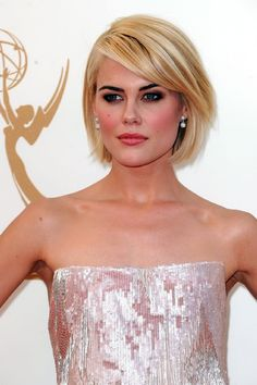 Rachael Taylor (1984) Australian actress and model, appeared in shows such as Headland and movies such as Transformers and See No Evil, nominated of a Logie award. (*source unknown)