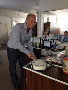 Who doesn't love a bit of cake and prosecco of an afternoon- a very Happy Birthday to chief Chelsom