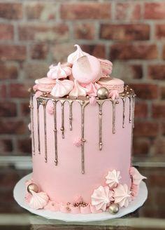 16th Birthday Cake For Girls, Birthday Drip Cake, Birthday Cake Roses, 15th Birthday Cakes, Sweet 16 Birthday Cake, Elegant Birthday Cakes, Beautiful Birthday Cakes, Birthday Cake Decorating, 13th Birthday