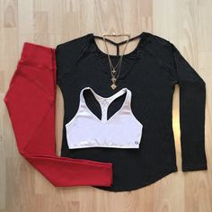 Fitgymwear - Fitness Apparel & Fashion - South Africa and International Red Leggings, Gym Wear, Going To The Gym, Urban Fashion, Fitness Fashion, Charcoal, Active Wear, Winter Fashion, Bell Sleeve Top