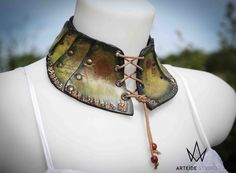 Leather green necklace by ArteideStudio on Etsy