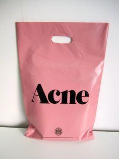 http://missfrottis.blog.lemonde.fr/2012/07/26/quelle-contraception-pour-les-femmes-acneiques/ ACNE