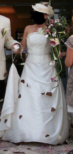Nouvelle robe publiée!  PARIS COUTURE – T36. Pour seulement 230€! Economisez 76%! http://www.weddalia.com/fr/boutique-vendre-robe-de-mariee/paris-couture-t36/ #RobesDeMariée www.weddalia.com/fr