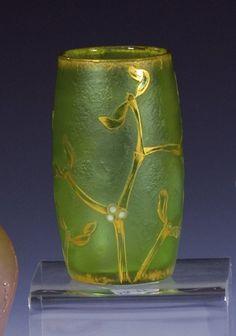 441: Vase Daum Nancy Glass Art Deco Nouveau Mistletoe : Lot 441