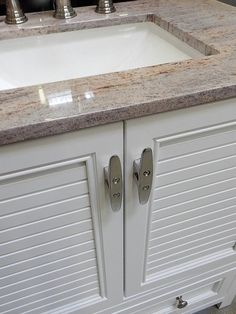 Polished Stainless Steel 4 1/2 Inch Cleats - Beautiful Soft Point Boat Cleats - Drawer & Door Pulls, Towel Hooks, Nautical Cabinet Hardware This listing is for 4 1/2 Stainless Steel Boat Cleats available in a variety of quantities. Great for Lake Cottage, Pool House, Cabana,