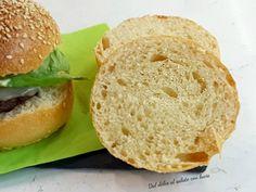 Burger buns, panini per hamburger con lievito madre